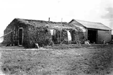 Sod house - Wikipedia