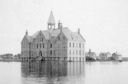 Jones Hall at Fargo College