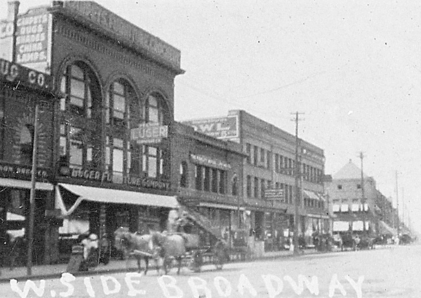 West side of Broadway, 1908
