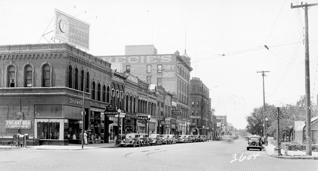 Front Street in 1935.