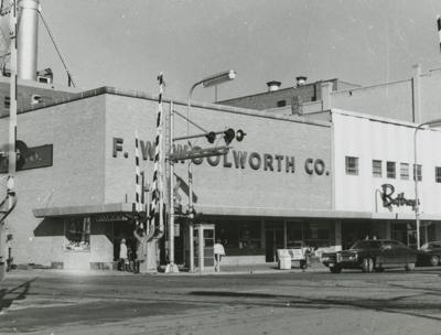 F W Woolworth Fargo History