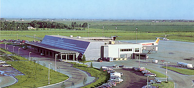 Hector International Airport in 2000.