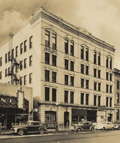 Stratford hotel fargo history for U motors fargo north dakota